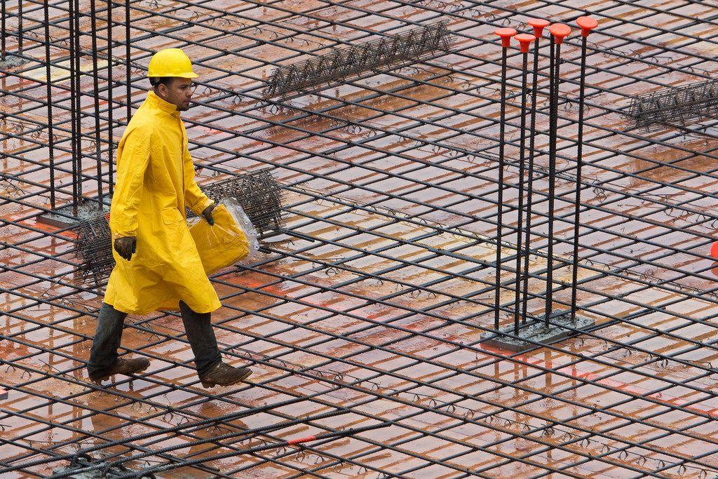 Đừng để việc xây nhà chậm tiến độ vì thiếu thợ