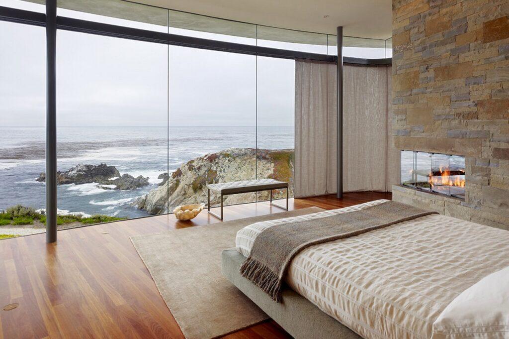 Thay cửa bịt kín bằng cửa có thể tăng ánh sáng và view nhìn